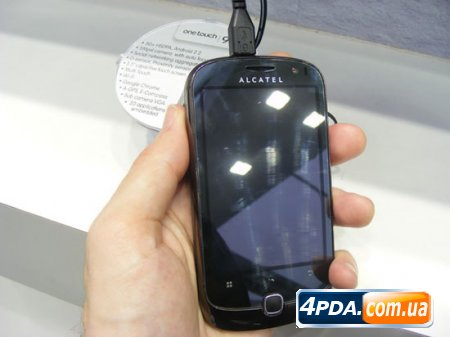 Alcatel One Touch 990 – бюджетный смартфон на Android